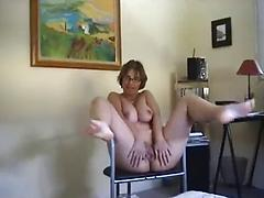 Mature Lady Exposing Her Body And Doing Self Statisfaction