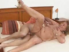 Old Granny Spreads Her Pussy Wide For Slammin