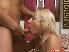 Cheating italian housewife with her lover