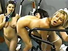 Donita dunes leads the cheers in retro lesbian orgy