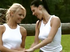 Kinky lesbian bimbos satisfy their sexual hunger on the grass